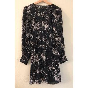 Dresses - Faux Wrap Dress in B&W Art Déco Print